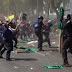 Se enfrentan campesinos y policías en Paseo de la Reforma; hay 20 heridos