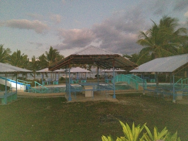 Cottages by the swimming pool at Virgin Beach Resort