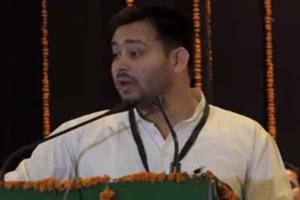rjd-meeting-mla-decides-tejashwi-yadav-will-not-resign
