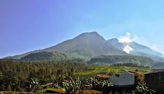 Info Jalur Pendakian Gunung Lawu Resmi