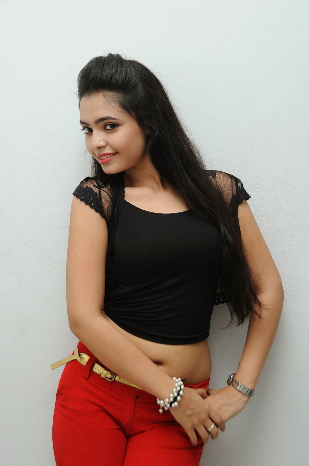 Young Actress Merina Photos at Veerudokkade audio-HQ-Photo-31