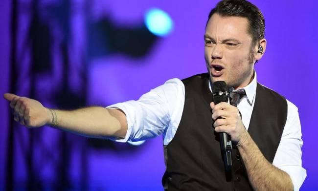 Sanremo 2017: Tiziano Ferro è il primo super ospite annunciato!