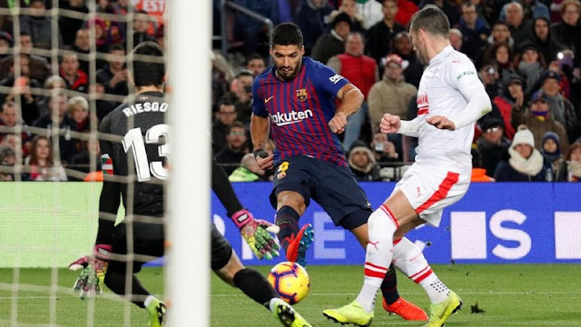 Hasil Liga Spanyol: Suarez Dua Gol, Barcelona Bungkam Eibar 3-0