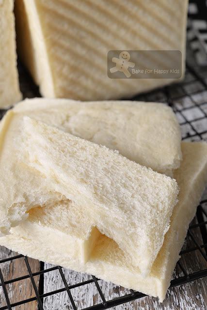 super soft white crusted sandwich bread