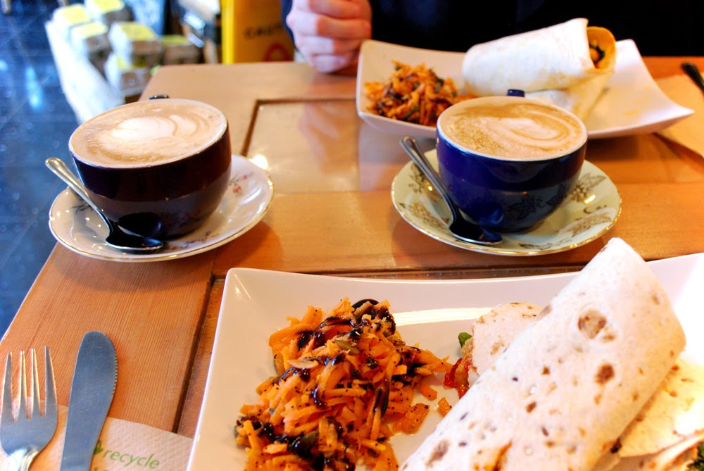Lunch and lattes at The Foodstory Cafe, Aberdeen