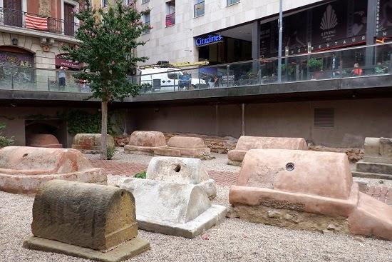 Necrópolis en la Plaça Vil·la de Madrid