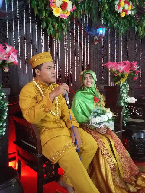 HP. 0857-9999-1272 (M3) : Hiburan Nasyid Islami / event / wedding | The Sultan Nasyid - Wedding Taufik-Dewi (Kebumen)