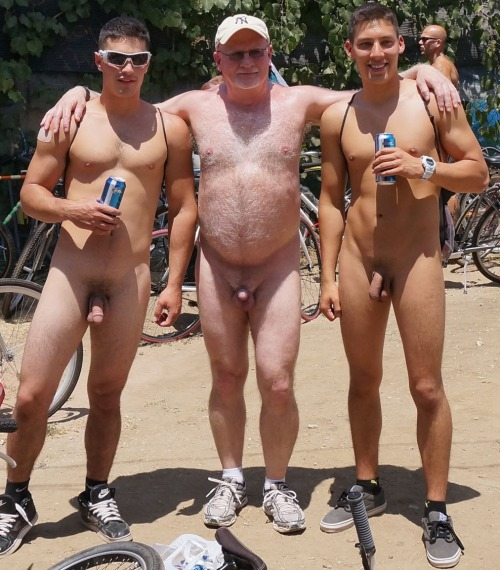 Naked Straight Dudes Straight Guys At Naked Bike Ride-3869