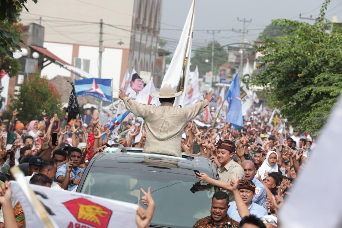 Rasa-Rasanya, Tuan Guru dan Jokowi Harus Bercitra Lebih Keras Lagi!