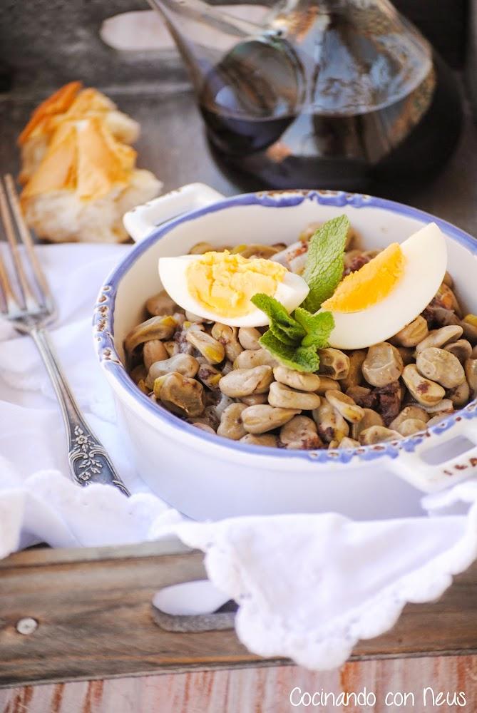 Cocinando con neus habas con ajetes y morcilla for Cocinando 1000 huevos