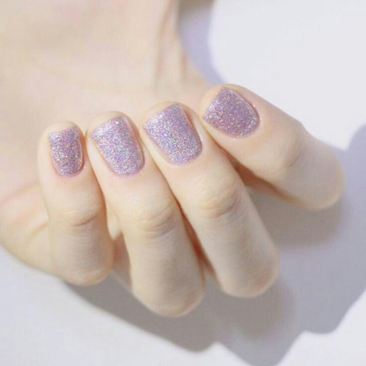 Shines purple nail arts