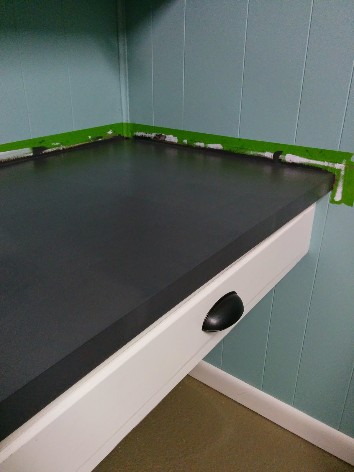 How to Paint a Laminate Counter Top #brightideas #tidethat #ad