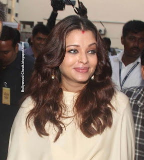 Aishwarya Rai White Dress Photo