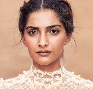 Sonam kapoor age,Movies,Dresses,Biography,Bikini,Fashion,films,Family,Song,Husband