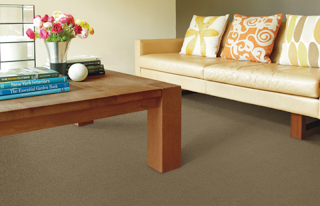 Neutral colored carpet lets furnishing colors pop