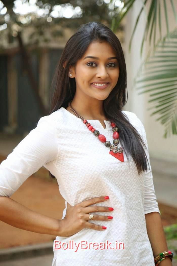 Actress Pooja Jhaveri Pics At Bham Bolenath Movie Interview