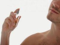 Resultado de imagem para homem cheiroso