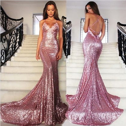 Hot Backless V-neck Sequined Court Train Appliques Lace Trumpet/Mermaid Formal Dresses
