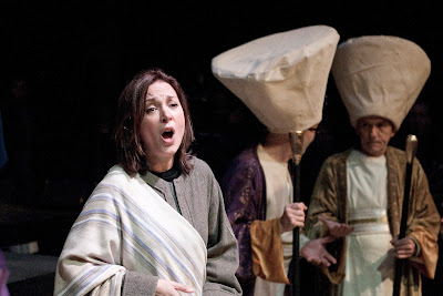 Kirsty Hopkins in Streetwise Opera and The Sixteen's The Passion. Photo by Graeme Cooper