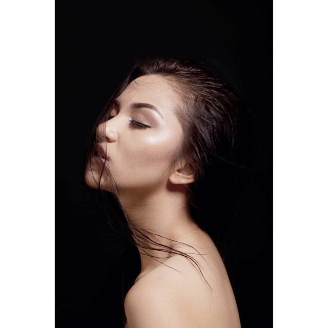 Foto Ariel Tatum Yang Paling Seksi Penuh  Nilai Seni, Bukan Sekedar Heboh!
