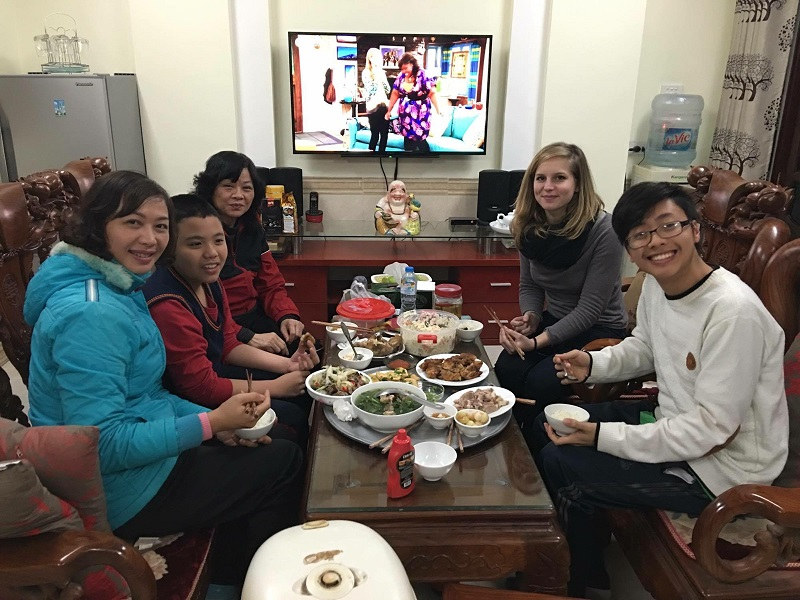 Foreigners and Vietnam's traditional Tet holiday 4