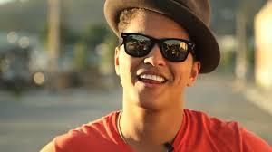 Bruno Mars canta tema de Bruno e Paloma