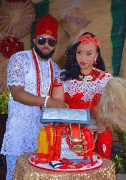 Nigeria woman accuses husband of being a kidnapper, murderer and a 419ner. After this lavish wedding