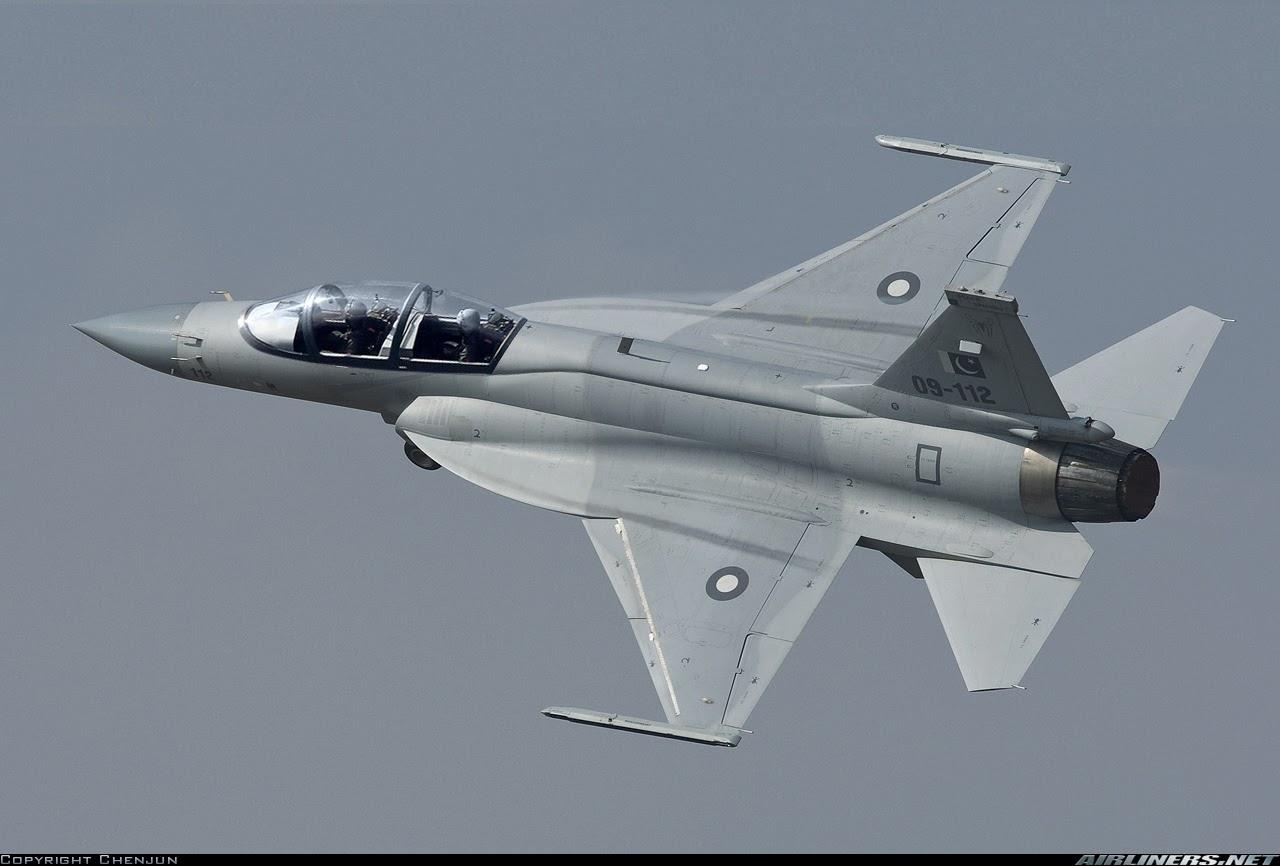 Pakistan-Cina Buat JF-17B Varian Dua Kursi