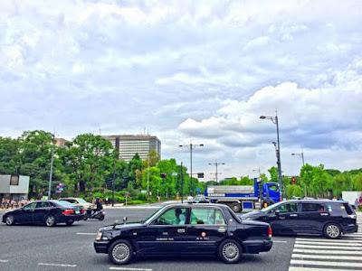 タクシーの走る街