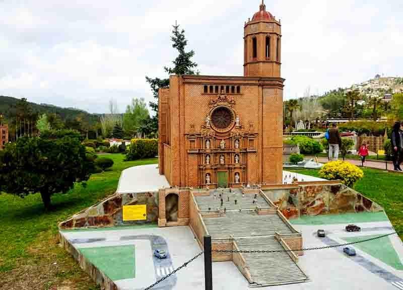 Catalunya en miniatura: La Catedral de Girona