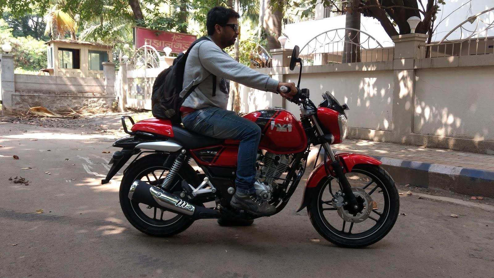 Bajaj V15 Vikrant Vs Pulsar 150 Comparison Review
