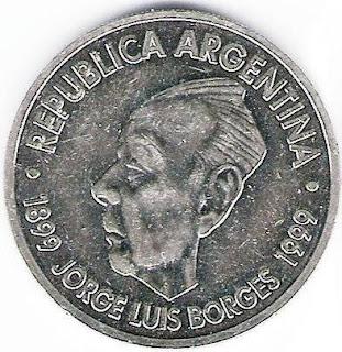 Foto de una moneda con el rostro de Jorge Luis Borges