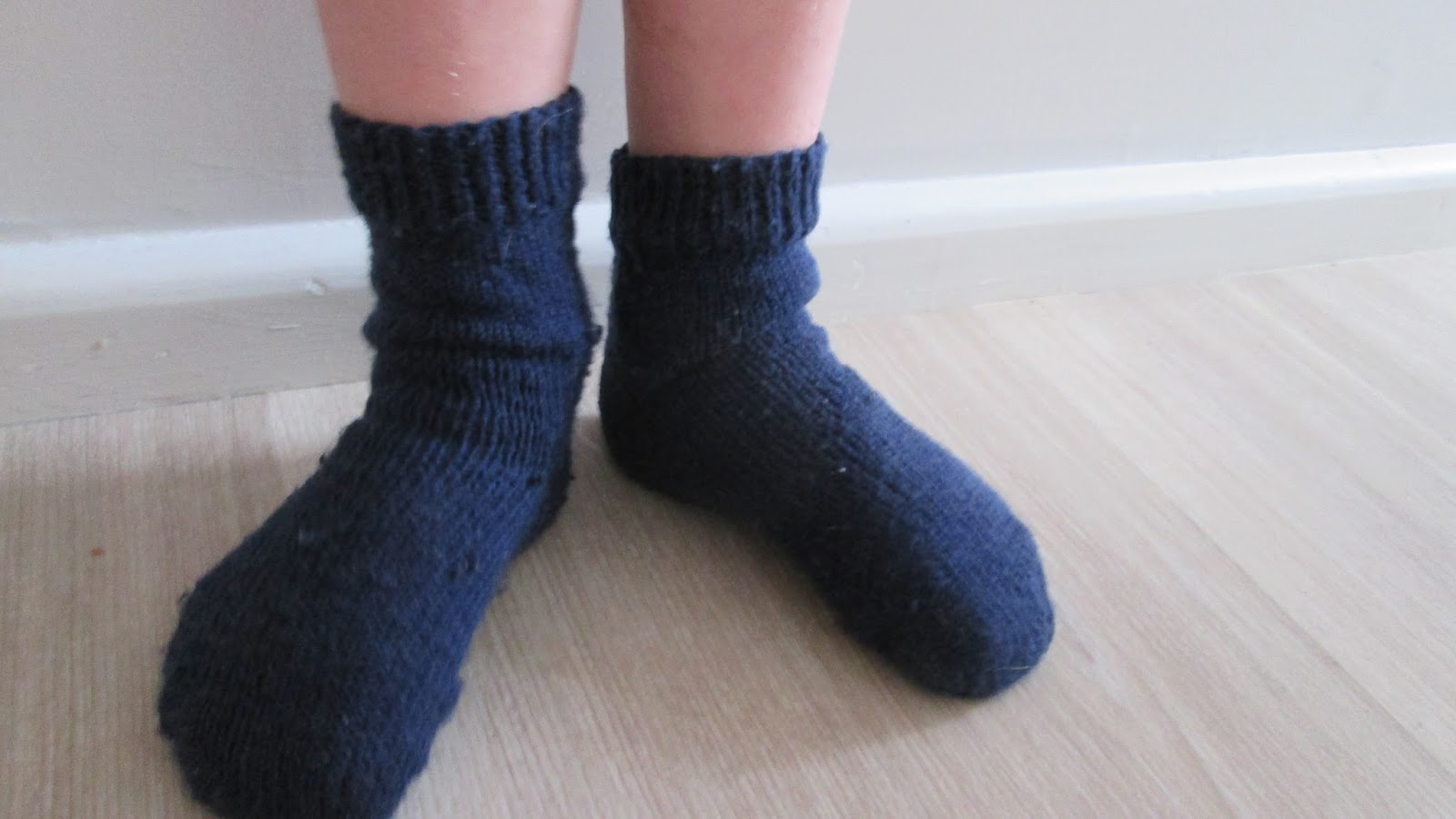 knitting socks on two needles done!   Creative Mama