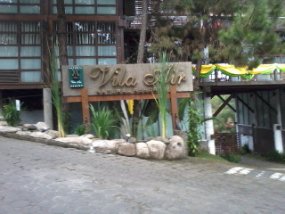 Villa Air Lembang Bandung Di kawasan Villa Istana Bunga
