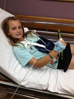 Moore Family Blog Kesiah S Broken Arm