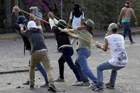 Reuters: ¿Héroes o agitadores? Jóvenes diputados están en la línea del frente en Venezuela