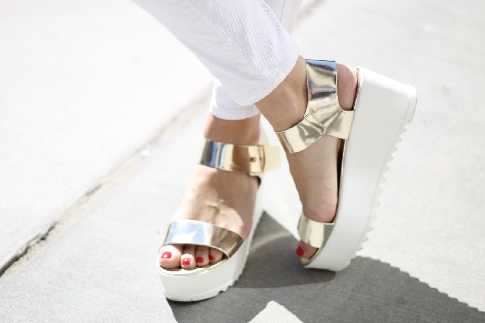 fd4529ca3606 Steve Madden Gold Surfside Platform Sandals