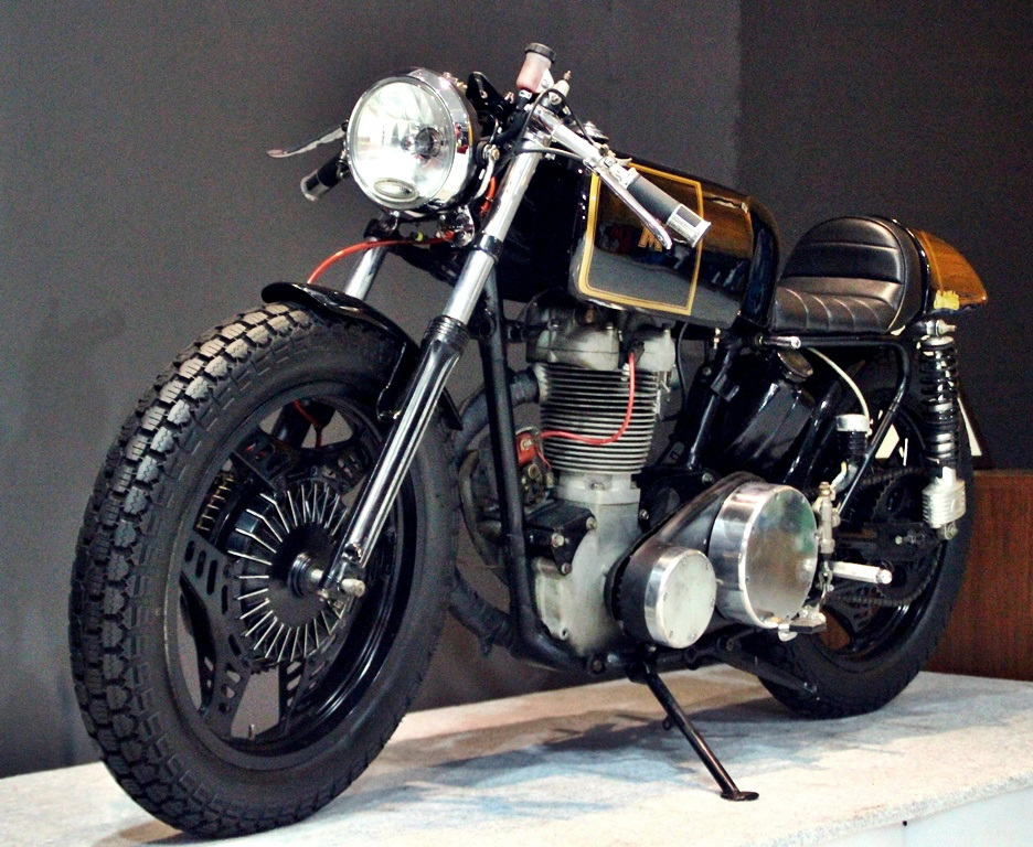 matchless cafe racerstudio motor ~ return of the cafe racers