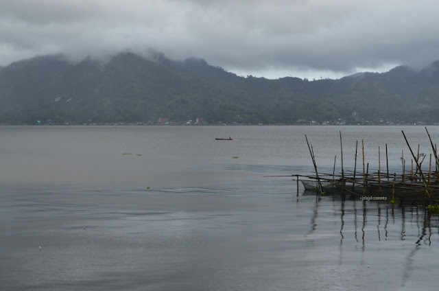 Berperahu di Danau Tondano, Tondano, Sulawesi Utara +jelajahsuwanto