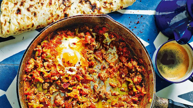 Lamb mince menemen (Turkish-style eggs with tomato, green chilli and mince)