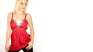 Kaley Cuoco traditional dress wallpapers