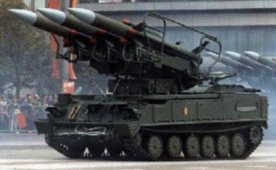 """2K12 """"Kub"""" missile launcher (NATO codename """"SA-6 Gainful"""")"""
