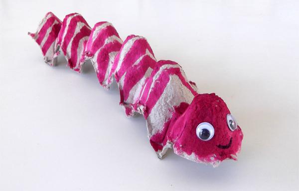 egg carton, worm, caterpillar, crafts