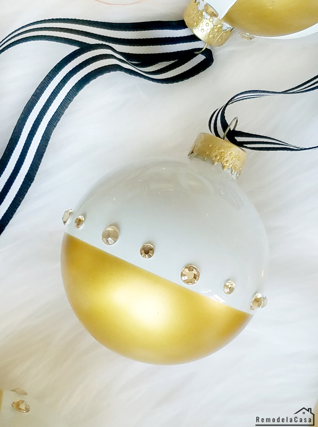 SO Easy! And with Sharp lines! - Gold dipped Christmas ornaments - A glam Christmas  - white and gold ball ornament with white and black ribbon