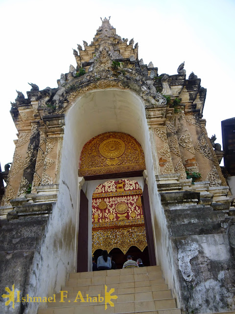 Gate of the temple in Lampang, Thailand