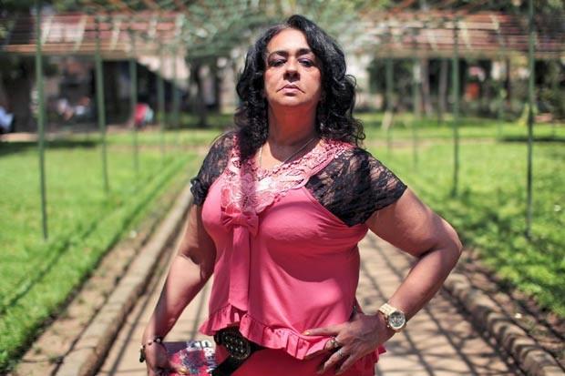 Mulher que chefiou tráfico na favela da Rocinha lança livro no Flipoços