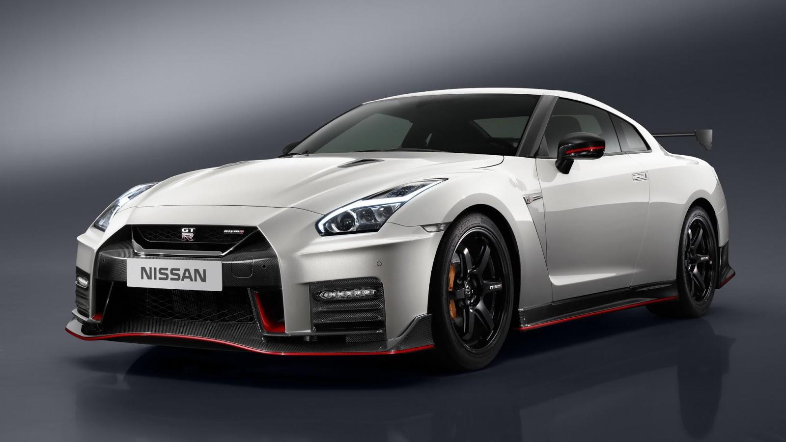 Nismo GT-R quá hầm hố và mạnh mẽ so với Nissan GT-R