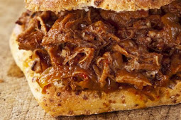 SHREDDED ELK SANDWICHES