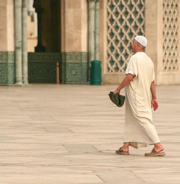 Keutamaan Shalat Berjamaah di Masjid Bagi Laki Laki