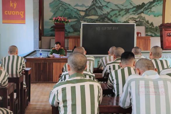 Ý kiến tù tại gia cho quan chức tham nhũng, không nguy hại cho xã hội